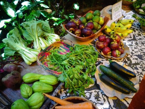 The full organic produce spread